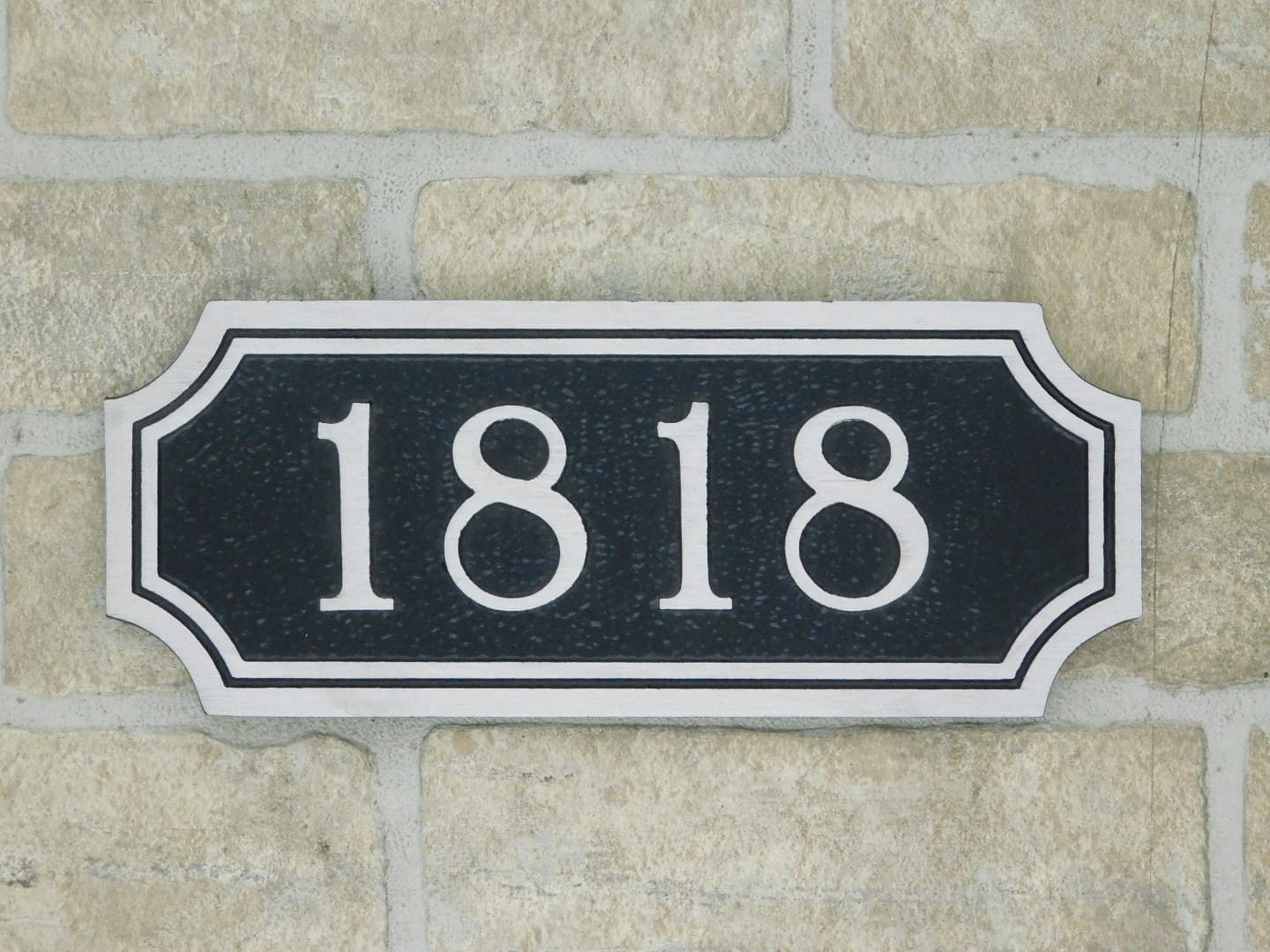 aluminum address number plaque